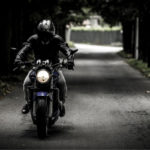 何故仮面ライダーはバイクに乗るヒーローになったのか?その理由とバイク以外に乗る仮面ライダーについて調べてみた!